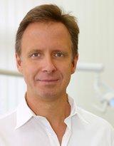 Dr. med. dent. Marcus Nowak