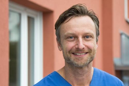 dr med dent stefan meissner in 91301 forchheim implantologie zahnarzt parodontologie sanego. Black Bedroom Furniture Sets. Home Design Ideas