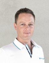 Dr. med. David Reinhardt