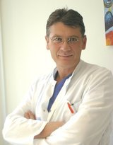 Dr. med. dent. Lorenz Bösch