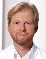 Dr. med. Andreas Grust