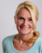 Dr. med. Bernadette Adamek