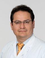 Dr. Daniel Valdivia