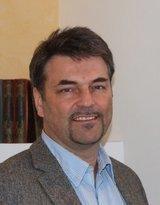 Dr. med. Wolfgang Pils